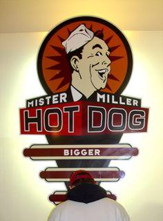 Mister Miller - Hot Dog Bistro - corporate and interior design  by Burkhard Neie