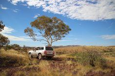 Ein Tag mit Wayne, dem Aborigines. Wir verlassen die Straßen und fahren zu Orten die den Aborigines heilig sind.