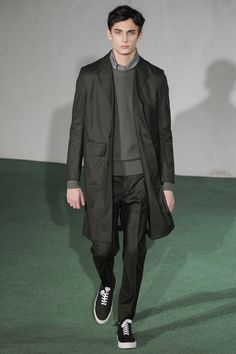Officine Generale Fall 2016 Menswear Fashion Show