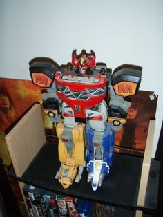 I sure wish had that Mighty Morphin Power Rangers Deluxe Megazord from 1993/1994 someday.