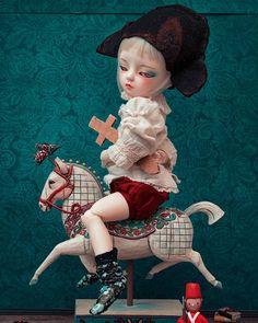 Fantaisie héroïque (Les rêves de Napoléon) #Amaktine #Doll #Bjd #PopSurrealism #napoleon