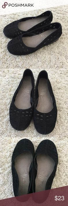Aerosoles Flats Very comfortable!! Size 6. AEROSOLES Shoes Flats & Loafers