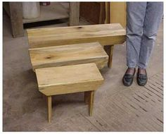 Pallet bench - THIS is exactly what I've been searching for.  Now...to figure out how to make it.