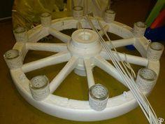 Takkrona gjord av ett vagnshjul!
