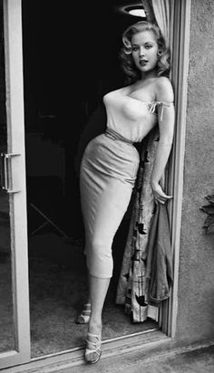 BUSTY BETTY BROSMER | PINUP PHENOM & 1950'S COVERGIRL QUEEN | The Selvedge Yard