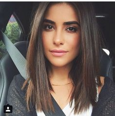 Long bob hairstyles 476889048026186344 - Long bob hairstyles are one of the simplest ways to be trendy & still not cut your hair too short. Here is the list of top 10 most famous long bob hair looks. Source by New Hair, Your Hair, Long Bob Hairstyles, Medium Straight Hairstyles, Lob Haircut Straight, Casual Hairstyles, Scene Hairstyles, Round Face Haircuts Medium, Medium Haircuts For Women