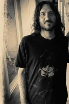 recent photo of John Frusciante
