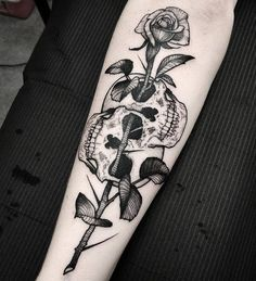 Cool Skull Tattoos For Women – My hair and beauty Dope Tattoos, Badass Tattoos, Pretty Tattoos, Forearm Tattoos, Beautiful Tattoos, Tattos, Skull Rose Tattoos, Skeleton Tattoos, Flower Tattoos