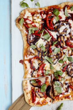 Grilled White House Pizza  - CountryLiving.com
