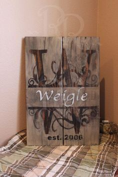 Rustic Family Monogram Rustic Distressed on pallet wood shabby chic wedding gift family gift anniversary gift rustic home decor Pallet Crafts, Pallet Art, Wood Crafts, Pallet Signs, Rustic Signs, Wooden Signs, Unique Home Decor, Home Decor Items, Woodworking Wood