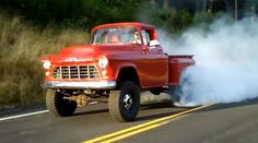 Video: Cummins Diesel-Powered '55 Chevy 4×4 Burnout Porn - RodAuthority.com