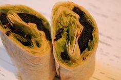 Heute zeige ich euch einen vegetarischen Pflaumen Wrap mit Avocado-Creme.