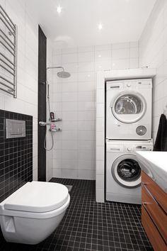 Badrum Airbnb Ideas, Modern Shower, Wet Rooms, Log Cabins, Stockholm, Home Interior Design, Small Bathroom, Laundry Room, Washing Machine