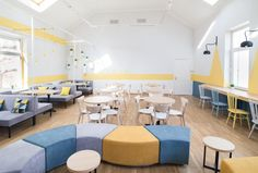 Coworking The Sun is a Comfortable Space for Work, Rest and Communication Office Without Windows, Waiting Room Decor, Office Design Concepts, Kindergarten Interior, Community Places, Preschool Decor, Modern Classroom, Public Space Design, Cool Office Space