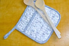 How to Sew a Quilted Pot Holder