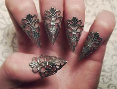 Gunmetal Dragon Claws // Nail Armor // Set of by JekyllHydeJewelry