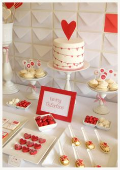 dessert table red hearts