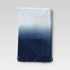 12 Bedroom Ideas In 2021 Blue Throw Blanket Knitted Throws Faux Fur Throw Blanket