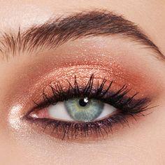 Bronze eye make up up What's Makeup ? What's Makeup ? Generally speaking, what's makeup … Eye Makeup Blue, Fall Eye Makeup, Bronze Eye Makeup, Skin Makeup, Makeup Lipstick, Makeup Mascara, Fall Eyeshadow, Holiday Makeup, Prom Makeup