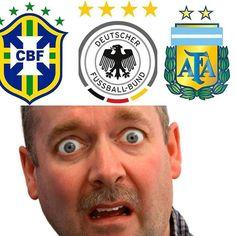 Damas y caballeros bienvenidos al 8 de Octubre de 2015 que ya es oficialmente el día más raro en la historia del fútbol. Han perdido Alemania (1-0 en Irlanda) Brasil (2-0 en Chile) y Argentina (0-2 en casa contra Ecuador). Jamás había sucedido en un mismo día -MisterChip-