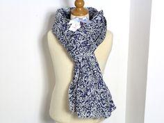 Chèche femme tissu LIBERTY Lagos Lorel bleu marine Louismarine 190 cm