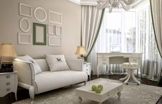 В оформлении стен не обязательны однотонные поверхности. Цветочный принт, вертикальные полосы, тематические орнаменты и узоры – все это уместно в дизайне интерьера в стиле прованс.