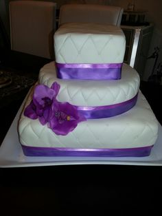 wedding cake maker surrey flavours for every occasion surrey based custom cake 23206
