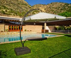 Parasoles y Sombrillas : CARAMAN. Decoración Giménez, tu tienda online donde encontraras gran variedad de modelos. http://www.decoraciongimenez.com