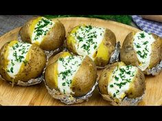 Jacque Pepin, Romanian Food, Relleno, Queso, Baked Potato, Foodies, Baking, Plus Populaire, Ethnic Recipes
