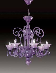 Lampara de murano color lila fabricada y diseñada por la empresa Italiana Voltolina en Venecia. Visita nuestro showroom en Lima www.italier.pe