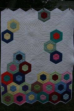 #Jaybird #Science Fair lap size quilt with  intense quilting soooo much fun to do.  Binding not so fun.