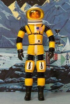 Vintage Toys 1960s, 1960s Toys, Retro Toys, Toys In The Attic, Space Toys, Star Trek Ships, Custom Action Figures, Figure Model, Childhood Toys