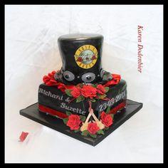 Guns &Roses Wedding cake