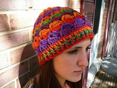the link for this hat pattern is here: www.rheatheylia.c...follow link to pattern.