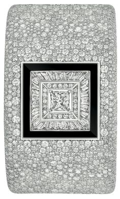 Chanel - FineJewelry collection in 18K white gold set with 3307 BrilliantCut - Diamonds (54.7 cts), 28 BaguetteCut diamonds (3.4 cts), a 2 carat PrincessCut - Diamond and carved Onyx - July 2014