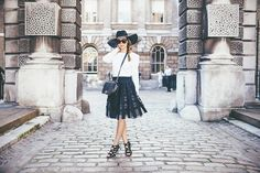 Margo - Fashion Blogger Crush - I love this blogger, she's very classic and sometimes it's amazing. Mastering class isn't always easy you know ;) - http://margoandme.com