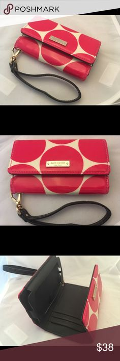 Kate Spade wristlet Wallet Very cute Kate Spade hot pink and white wristlet wallet. In new condition. Thanks for looking! Happy Poshing! ❤️👗👠 kate spade Bags Wallets