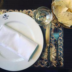 Da Jeevanti. Rangoli. 🇮🇳❤️🇮🇹 #food #rangoli #rangolimilano #indianfood #instalallegra #iloveitaly #iloveindia #milan #igersmilano #milano #india #indianfoodporn