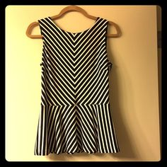 Black & white chevron peplum top Black & white peplum top by the GAP. In excellent condition. Size 4. GAP Tops
