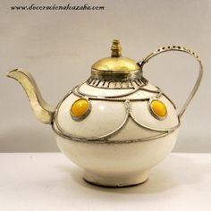 Google Afbeeldingen resultaat voor http://www.decoracionalcazaba.com/217-613-large/theiere-decorative-en-ceramique-avec-maillechort-et-ivoire.jpg