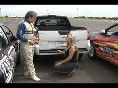 "Vaga ""apertada""? Aprenda Como estacionar com o piloto Carlos Cunha - YouTube"