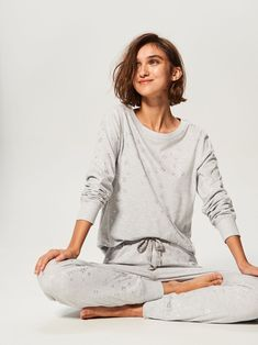 Unique collection of nightwear — only at Reserved store. Lazy Day Outfits, Cute Outfits, Pajamas Women, Ladies Pyjamas, Loungewear Outfits, Cotton Sleepwear, Blouse Dress, Colorful Fashion, Nightwear