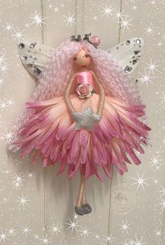 Fairy Crafts, Garden Crafts, Fabric Flowers, Paper Flowers, Christmas Angels, Christmas Crafts, Baby Shower Crafts, Festive Crafts, Clothespin Dolls