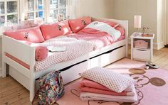 Girl's room. Mickey mouse. Pink