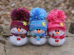 48 ideas knitting christmas socks decoration for 2019 Sock Snowman Craft, Crochet Snowman, Sock Crafts, Crochet Christmas Ornaments, Christmas Knitting Patterns, Snowman Crafts, Noel Christmas, Handmade Christmas, Holiday Crafts
