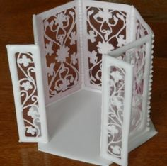 How To Make a Royal Icing Gazebo... lots of other Royal Icing Projects.