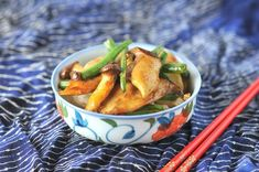 Oyster Mushrooms with Green Beans. Buttery sweet oyster mushrooms are stir fried with crunchy green beans in fish sauce soy sauce garlic and pepper. Stir Fry Oyster Mushroom, King Oyster Mushroom Recipe, Mushroom Recipes, Vegetable Recipes, Easy Soup Recipes, Cooking Recipes, Healthy Recipes, Healthy Foods, Cooking Ham