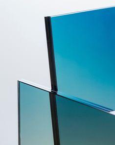 Возрождение призрачного стула Glass Chair Широ Кураматы: объект Ombré Германса Эрмича   AD Magazine