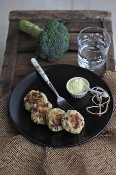 Polpette di patate e broccoli | Potato and broccoli fritters {vegan recipe}
