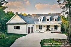 The farmhouse exterior design totally reflects the entire style of the house and the family tradition as well. The modern farmhouse style is not only for interiors. It takes center stage on the exterior as well. Exteriors are adorned with . Modern Farmhouse Exterior, Farmhouse Plans, Farmhouse Style, Rustic Exterior, Farmhouse Design, Farmhouse Decor, Craftsman Columns, Craftsman Style House Plans, Just Dream